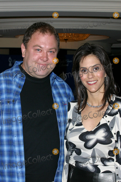 Jami Gertz Photo - Photo by Lee RothSTAR MAX Inc - copyright 200212402Mark Addy and Jami Gertz at the Peoples Choice Awards Nominations Announcements(CA)