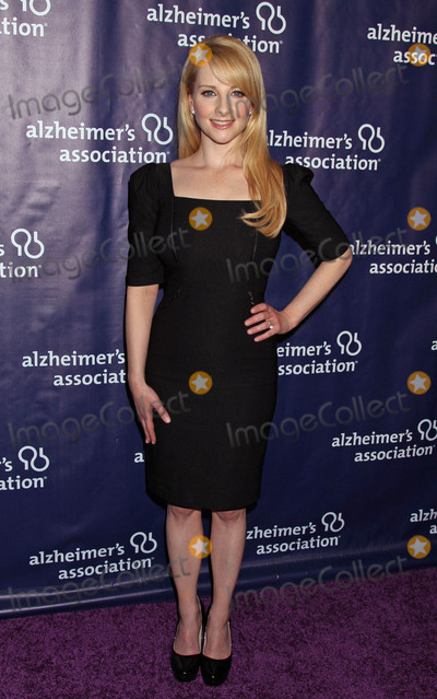 Melissa Rauch Photo - Photo by REWestcomstarmaxinccomSTAR MAXCopyright 2016ALL RIGHTS RESERVEDTelephoneFax (212) 995-11963916Melissa Rauch at the 24th Annual Night At Sardis Gala to benefit the Alzheimers Association(Beverly Hilton Hotel Beverly Hills CA)
