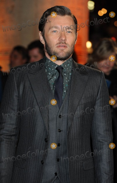 Joel Edgerton Photo - Photo by KGC-03starmaxinccomSTAR MAX2014ALL RIGHTS RESERVEDTelephoneFax (212) 995-119612314Joel Edgerton at the premiere of Exodus Gods and Kings(London England UK)