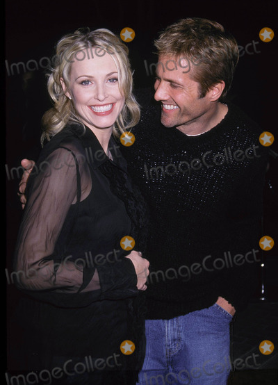 Josie Bissett Photo - Photo by Russ EinhornSTAR MAX Inc - copyright 20027102Josie Bissett (pregnant) and Rob Estes attend the World Premiere of Orange County(Paramount Studios Hollywood Ca)