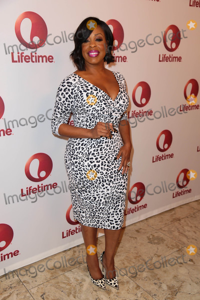 Niecy Nash Photo - Photo by gotpapstarmaxinccomSTAR MAX2017ALL RIGHTS RESERVEDTelephoneFax (212) 995-119612417Niecy Nash at a screening of Love By The 10th Date(Los Angeles CA)