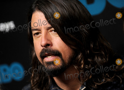 Dave Grohl Photo - Photo by Dennis Van TinestarmaxinccomSTAR MAX2014ALL RIGHTS RESERVEDTelephoneFax (212) 995-1196101414Dave Grohl of The Foo Fighters at the Foo Fighters Sonic Highways Premiere(NYC)