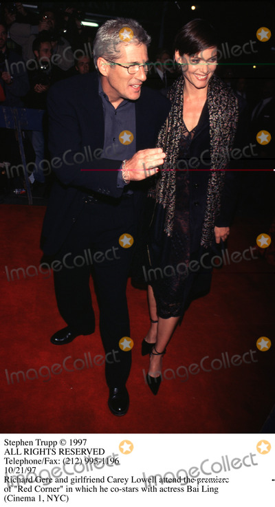 Richard Gere Photo - Photo by Stephen TruppSTAR MAX Inc - copyright 1997Richard Gere and Carey Lowell