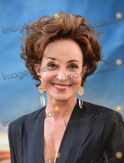 Annie Potts Photo - Photo by KGC-11starmaxinccomSTAR MAX2016ALL RIGHTS RESERVEDTelephoneFax (212) 995-119671016Annie Potts at the premiere of Ghostbusters(Los Angeles CA)