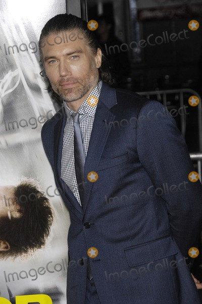 Anson Mount Photo - Photo by Michael Germanastarmaxinccom2014ALL RIGHTS RESERVEDTelephoneFax (212) 995-119622414Anson Mount at the premiere of Non-Stop(Los Angeles CA