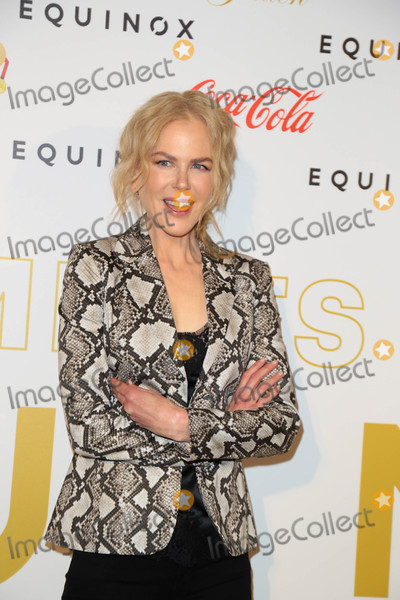 Nicole Kidman Photo - Photo by gotpapstarmaxinccomSTAR MAX2017ALL RIGHTS RESERVEDTelephoneFax (212) 995-11961717Nicole Kidman at The Gold meets Golden Event in Los Angeles CA