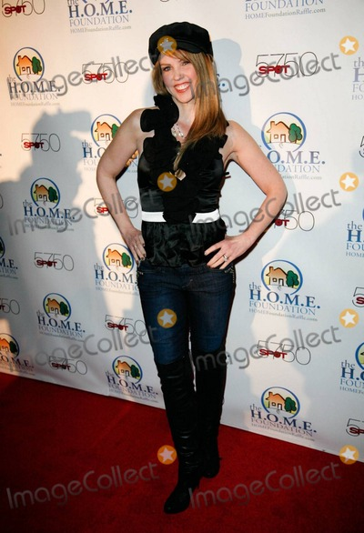 Ann Merin Photo - Ann Merin arrives at HOME Foundations STIKS Celebrity Video Game Challenge held at Spot 5750 Los Angeles CA 011111