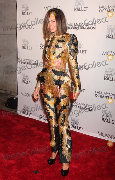 Allison Sarofim Photo - Allison Sarofim Arriving at the New York City Ballets Fall Gala Featuring the World Premiere of Paul Mccartneys oceans Kingdom at David H Koch Theater Lincoln Center in New York City on 09-22-2011 Photo by Henry Mcgee-Globe Photos Inc 2011