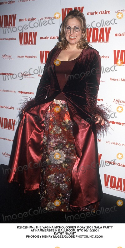 Kathy Najimy Photo -  the Vagina Monologues V-day 2001 Gala Party at Hammerstein Ballroom NYC 02102001 Kathy Najimy Photo by Henry McgeeGlobe Photosinc