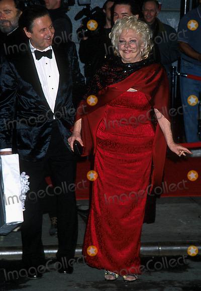 Liza Minnelli Photo - Sd03162002 Liza Minnelli  David Gest Wedding Reception at the Regent Wall Street New York City Photo Henry Mcgee Globe Photos Inc 2002 Renee Taylor  Joseph Bologna