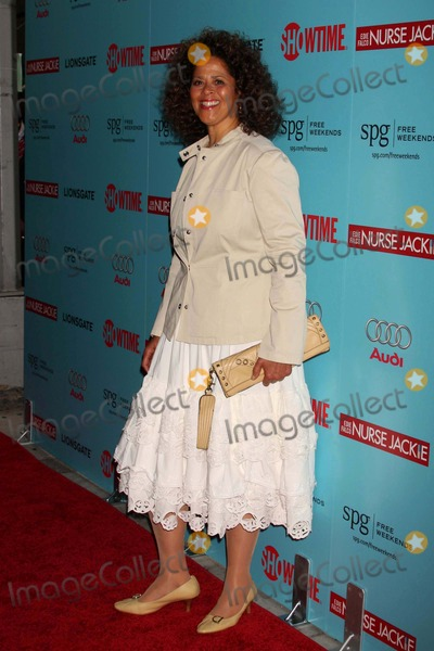 Anna Deveare Smith Photo - Anna Deveare Smith Arriving at the World Premiere of Showtimes New Comedy Series Nurse Jackie at Directors Guild of America in New York City on 06-02-2009 Photo by Henry Mcgee-Globe Photos Inc 2009