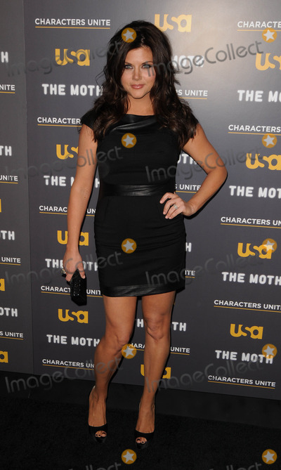 Tiffany Photo - Tiffani Thiessen at the USA Networks and  A More Perfect Union Stories of Prejudice and Power screening at the Pacific Design Center on February 15 2012 in West Hollywood California