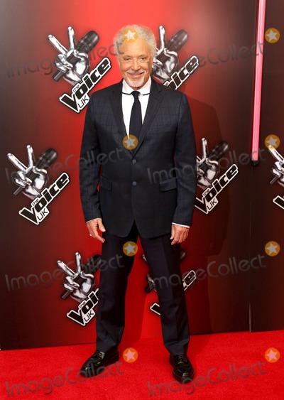Tom Jones Photo - January 6 2014 New York CityTom Jones at The Voice UK Red Carpet Launch on January 6 2014 in London