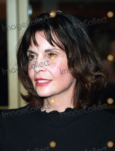 Talia Shire Photo - Talia Shire attending a Gala Tribute to Francis Ford Coppola organized by The Film Society of Lincoln Center Avery Fisher Hall in New York May 7 2002