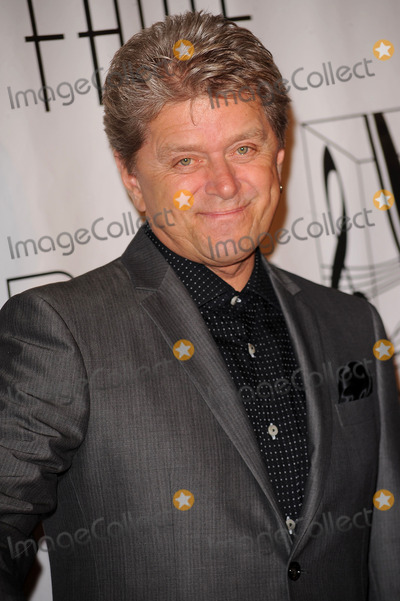 Peter Cetera Photo - Peter Cetera arriving at the 41st Annual Songwriters Hall of Fame Ceremony at The New York Marriott Marquis on June 17 2010 in New York City