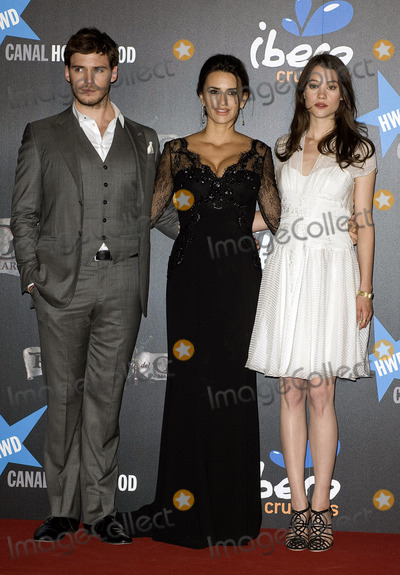 Astrid Berges Frisbey Photo - British actor Sam Claflin Spanish actress Penelope Cruz and French actress Astrid-Berges Frisbey at the Pirates Of The Caribbean On Stranger Tides premiere at Kinepolis Cinema on May 18 2011 in Madrid Spain