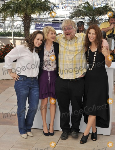 Samantha Morton Photo - LtoR Samantha Morton Michelle Williams Philip Seymour Hoffman  Catherine Keener at photocall for their new movie Synecdoche New York at the 61st Annual International Film Festival de Cannes May 23 2008  Cannes FrancePicture Paul Smith  Featureflash