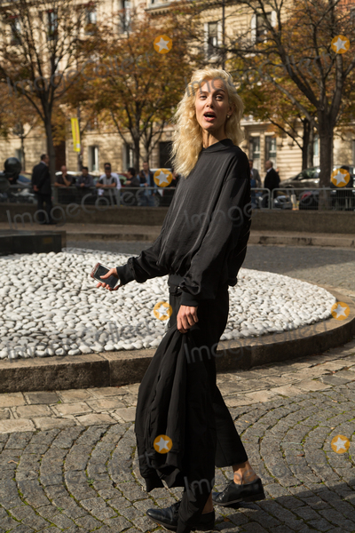 Aymeline Valade Photo - Aymeline Valade attend Miu Miu Show Front Row - Paris Fashion Week  2016October 7 2015 Paris FrancePicture Kristina Afanasyeva  Featureflash