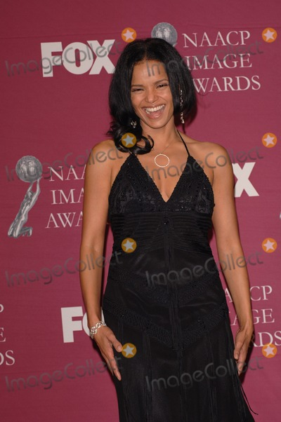 Victoria Raoul Photo - Actress VICTORIA RAOUL at the 36th Annual NAACP Image Awards in Los AngelesMarch 19 2005 Los Angeles CA Paul Smith  Featureflash