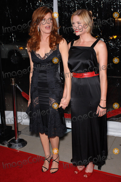 RENEE RUSSO Photo - Actresses RENE RUSSO (left)  JAIME KING at the world premiere in Beverly Hills of their new movie Two For The MoneySeptember 26 2005  Beverly Hills CA 2005 Paul Smith  Featureflash