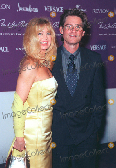 Goldie Photo - 09DEC98  Actress GOLDIE HAWN  actor husband KURT RUSSELL at the 9th Annual Fire  Ice Ball in Hollywood to benefit the RevlonUCLA Womens Cancer Research Program         Paul Smith  Featureflash