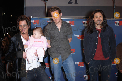 Audioslave Photo - Rock group AUDIOSLAVE at the VH1 Big in 05 Awards at Sony Studios Culver CityDecember 3 2005  Culver City CA 2005 Paul Smith  Featureflash