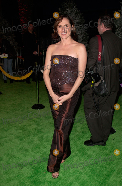 The Grinch Photo - Actress MOLLY SHANNON at the world premiere at Universal City of her new movie Dr Seuss How The Grinch Stole Christmas08NOV2000   Paul Smith  Featureflash