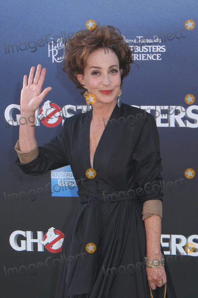Annie Potts Photo - Annie Potts 07092016 The Los Angeles Premiere of Ghostbusters held at the TCL Chinese Theatre in Hollywood CA Photo by Izumi Hasegawa  HollywoodNewsWireco