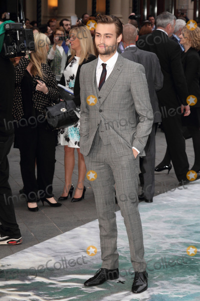 Douglas Booth Photo - London UK Douglas Booth at the UK Premiere of Noah at the Odeon Leicester Square London on March 31st 2014 Ref LMK73-48028-010414Keith MayhewLandmark Media WWWLMKMEDIACOM