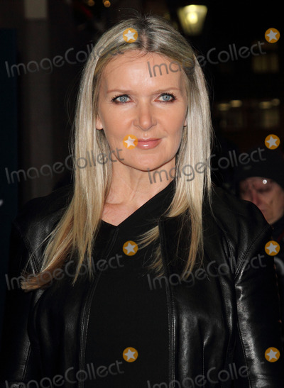 Amanda Wakely Photo - London UK Amanda Wakely     at the  Outside Arrivals for the British Fashion Awards held at the Savoy Hotel London  28th November 2011 Keith MayhewLandmark Media