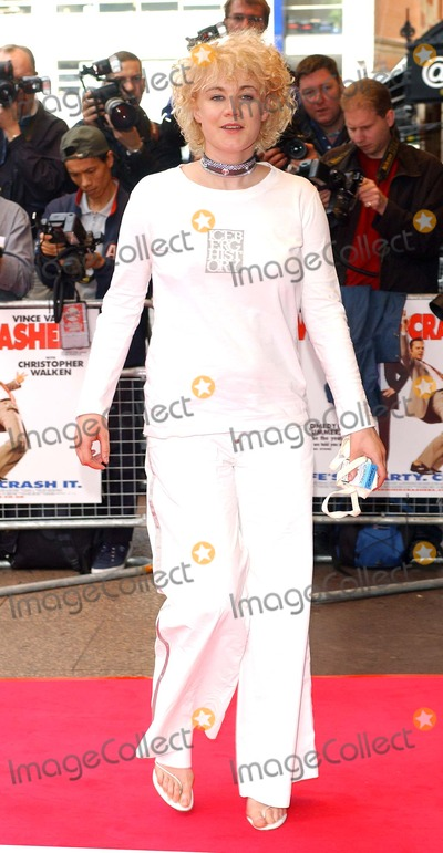 Emily Lloyd Photo - London Emily Lloyd at the Wedding Crashers Premiere held at the Odeon West End4 July 2005Eric BestLandmark Media