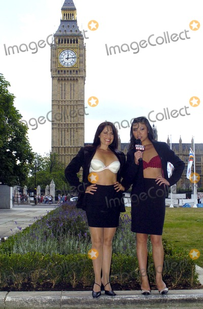 Lily Kwan Photo - London Presenters Lily Kwan and Samantha Page at the press launch for Naked News UK The British version of the informative stripping-news programme11 August 2004AHLandmark Media
