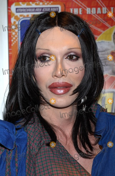 Pete Burns Photo - London Pete Burns at the UK Premier of Party Monster at the Curzon Soho14  October 2003Raoul TrezariLandmark Media