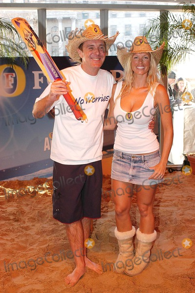 Annalise Braakensiek Photo - London Former Test cricket star Phil Tufnell and Annalise Braakensiek ex-Home and Away star launch a one-off charity cricket match to mark Fosters Australia Day celebrations Trafalgar Square26 January 2005Ali KadinskyLandmark Media