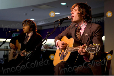 Andy Ross Photo - London Andy Ross and Damian Kulash of Ok Go appear instore to sign copies of their new single Here it Goes Again HMV Oxford Street28 September 2006Ian ArnoldLandmark Media