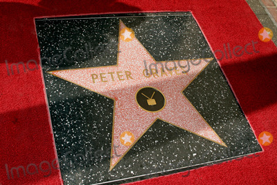 Peter Graves Photo - Peter Graves Honored with Star on the Hollywood Walk of Fame 6667 Hollywood Blvd Hollywood CA 103009 Peter Graves Walk of Fame Star on Hollywood Blvd Photo Clinton H Wallace-photomundo-Globe Photos Inc
