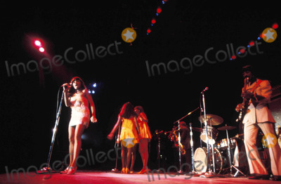 Tina Turner Photo - Tina Turner Photo by Walater Iooss-Globe Photos