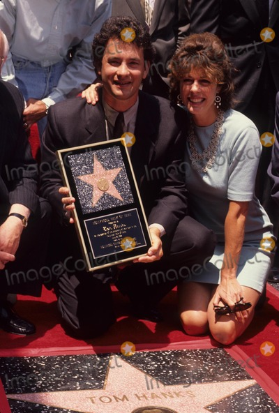 Tom Hanks Photo - Tom Hanks with Wife Ria Wilson 1992 L3483 Photo by Michael Ferguson-Globe Photos Inc