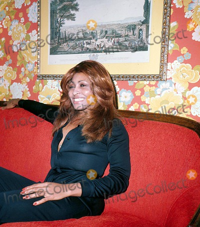 Tina Turner Photo - Tina Turner Photo by Globe Photos Inc