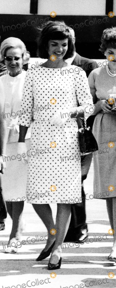 Jacqueline Kennedy Onassis Photo - Jacqueline Kennedy Onassis 1962 2888 Ipol ArchiveipolGlobe Photos Inc Jacquelinekenndeyonassisretro