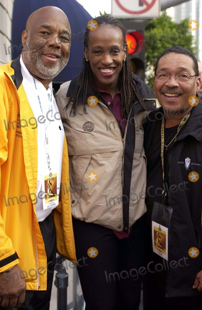 Jackie Joyner-Kersee Photo - The City of Los Angeles Marathon 20th Anniversary March 6 2005 in Los Angeles Runner Howard Bingham Jackie Joyner Kersee and Former State Assemblyman Herb Wesson Photo by Valerie Goodloe-Globe Photos Inc 2005