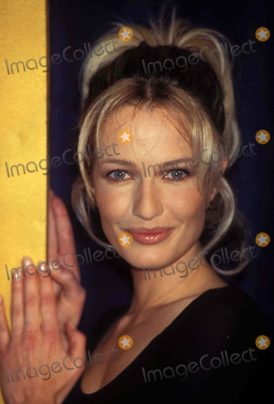 Karen Mulder Photo - Sd021897 97 Sports Illustrated Swimsuit Gala Karen Mulder Photo by Walter WeissmanGlobe Photosinc