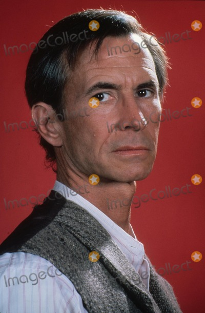 Anthony Perkins Photo - Anthony Perkins N1074 Supplied by Globe Photos Inc