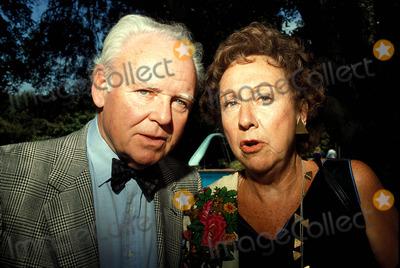 Carroll OConnor Photo - Carroll Oconnor and Jean Stapleton Photo Bob V Noble-Globe Photos Inc 1989 Jeanstapletonretro
