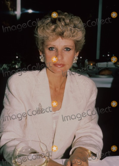 Jill Ireland Photo - Jill Ireland Supplied by Globe Photos Inc