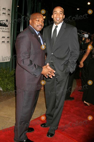 Ken Carter Photo - the 13th Annual Los Angeles Inner City Destiny Awards Honors Coach Ken Carter Celebrity Centre Hollywood  CA 01-16-2005 Photo ClintonhwallacephotomundoGlobe Copyright 2004 Coach Ken Carter and James Lesure