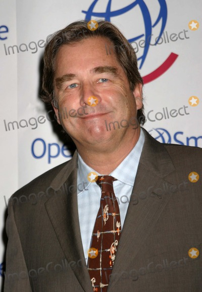 Beau Bridges Photo - Operation Smiles 3rd Annual Los Angeles Gala Honoring Nick Lachey and Jessica Simpson at the Beverly Hilton Hotel in Beverly Hills California 09222004 Photo by Ed GellerGlobe Photos Beau Bridges