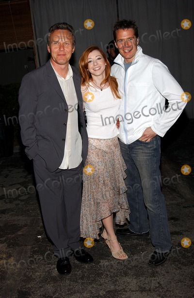 Anthony Stewart Head Photo -  Party to Celebrate the Final Buffy the Vampire Slayer Series at Miauhaus in Los Angeles CA 4182003  Photo by Fitzroy Barrett  Globe Photos Inc 2003 Anthony Stewart Head with Alyson Hannigan and Her Fiance Alexis Denisof