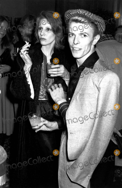 Angela Bowie Photo - David and Angela Bowie 1975 Phil RoachipolGlobe Photos Inc