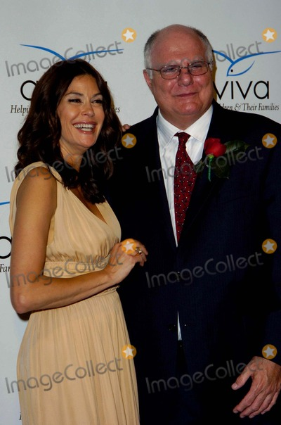 Andrew Diamond Photo - Teri Hatcher and Andrew Diamond During the Aviva Family and Childrens Services the a Gala Held at the Beverly Wilshire Four Seasons Hotel on April 17 2010 in Beverly Hills Photo Jenny Bierlich - Globe Photos Inc 2010